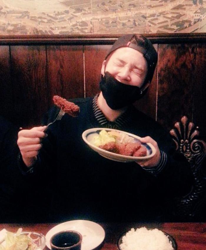 バンタンが訪れた神戸にある欧風料理もん